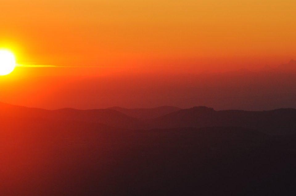 Lever de soleil au Mézenc